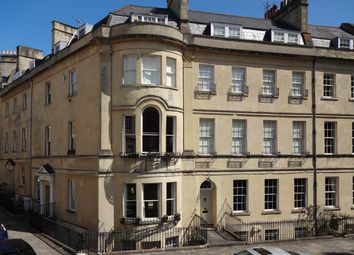 Thumbnail 2 bedroom flat to rent in St James's Square, Bath