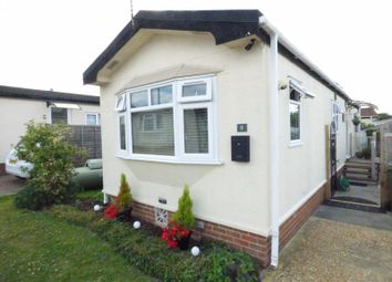 Thumbnail 1 bed mobile/park home for sale in Homestead Drive, Surrey Hills Park, Normandy, Guildford