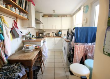 3 bed terraced house to rent in Cowper Street, Hove BN3