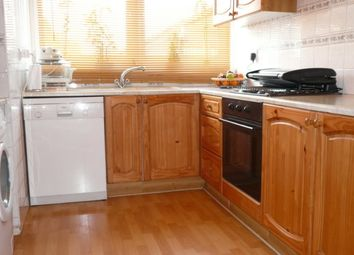 Thumbnail 3 bed flat to rent in Henfield Close, London