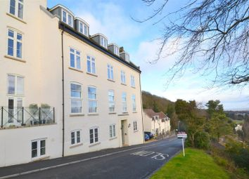 Thumbnail 1 bed flat to rent in Holywell Road, Malvern