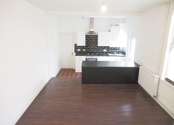 Thumbnail 2 bed property to rent in Tynewydd Road, Barry