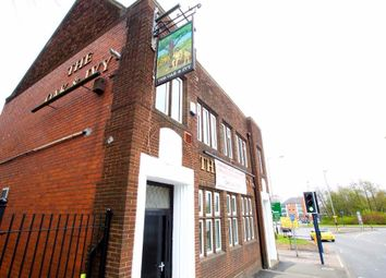 Thumbnail Commercial property to let in Oxford Street, Bilston, West Midlands