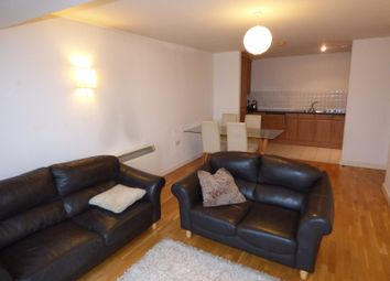 2 bed flat to rent in Navigation House, Ducie Street, Manchester M1