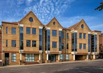 Thumbnail Office to let in Victoria Street, St. Albans