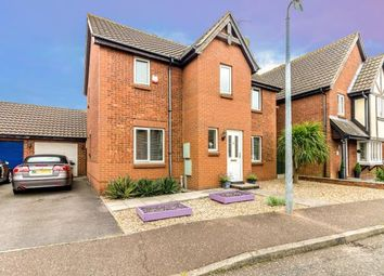 Thumbnail 3 bed detached house for sale in Rayleigh, Essex