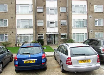 Thumbnail Room to rent in Poplar Grove, Wembley
