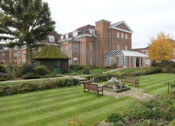 Benningfield Gardens, Berkhamsted HP4. 2 bed flat for sale