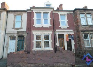 Thumbnail 2 bed flat to rent in Woodbine Street, Gateshead