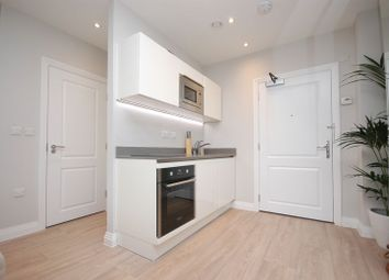 Thumbnail 1 bed flat to rent in Swan House, Rickmansworth