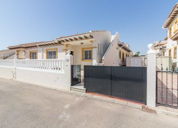 Thumbnail 2 bed villa for sale in Valencia, Alicante, La Zenia