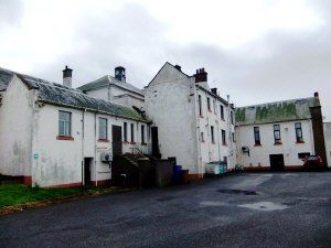 Thumbnail 2 bed flat to rent in Lochleven Road, Fife