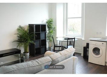 2 bed flat to rent in Princes Street, Dundee DD4