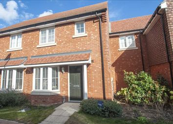 Wagtail Walk, Finberry, Ashford, Kent TN25. 3 bed semi-detached house