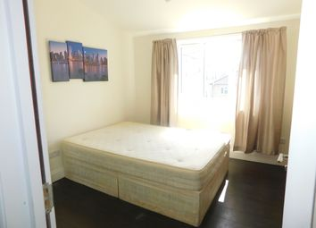 Thumbnail 1 bed flat to rent in Kingsfield Street, Docklands