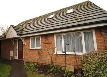 Thumbnail 3 bed detached house for sale in Sunninghill Road, Sunninghill, Ascot