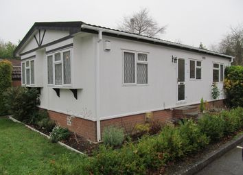 2 bed mobile/park home for sale in Beech Park (Ref 5770), Chesham Road, Wigginton, Hertfordshire HP23