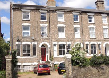 Thumbnail 2 bed flat to rent in Wellesley Road, Colchester