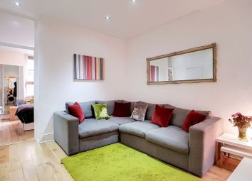 Thumbnail 1 bed flat for sale in Cavendish Mansions, Clerkenwell Road, London