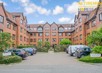 Thumbnail 2 bed flat for sale in Rosebery Court, Leighton Buzzard
