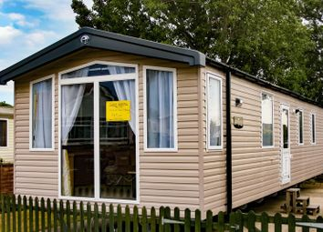 Thumbnail 2 bed mobile/park home for sale in Fishery Lane, Hayling Island