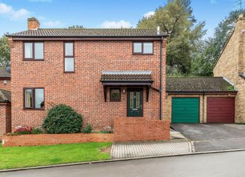 Thumbnail Detached house for sale in Foscote Rise, Banbury