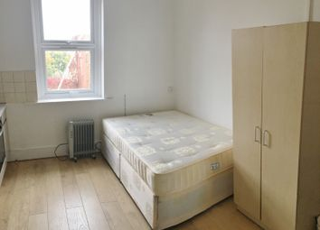 Thumbnail Studio to rent in Holloway Road, Islington N7, Holloway Road, Islington,