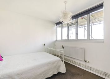 Thumbnail 1 bed maisonette to rent in Overhill Road, East Dulwich