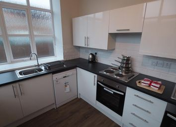 Thumbnail Room to rent in Flat 1, Barrington House, Durham Street, Hull