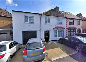 3 bed maisonette to rent in Black Rod Close, Hayes UB3