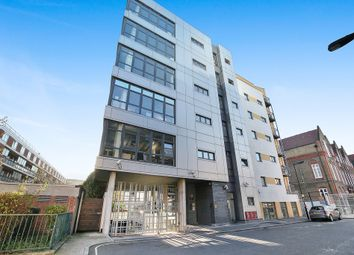 Thumbnail 3 bedroom flat for sale in Lant Street, London
