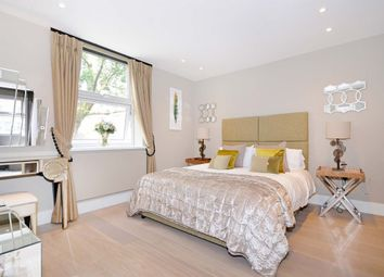 3 bed semi-detached house to rent in Court Close, St. Johns Wood Park, London NW8