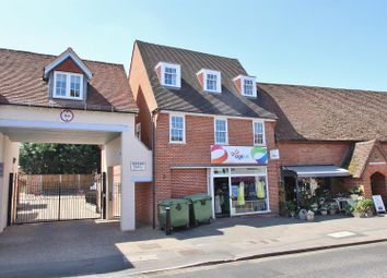 Reading Road, Pangbourne, Reading RG8. 2 bed flat