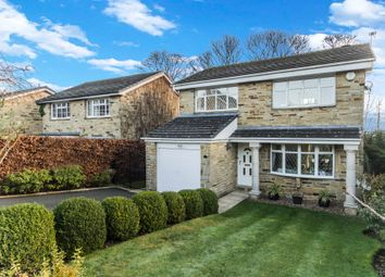 Thumbnail 4 bed detached house for sale in Oakdean, Fixby, Huddersfield
