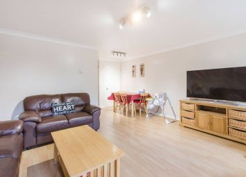 Thumbnail 2 bed flat to rent in Schooner Close, Canary Wharf