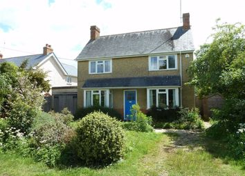 Thumbnail 2 bed detached house for sale in Chalkhouse Green, Reading