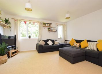 Killicks, Cranleigh, Surrey GU6. 2 bed flat