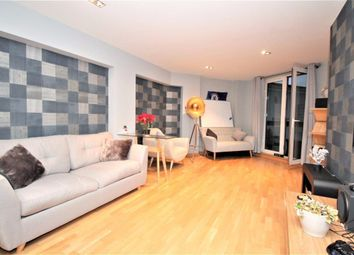 Thumbnail 1 bed flat to rent in City Tower, 3 Limeharbour, Canary Wharf