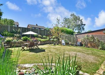 Linden Road, Coxheath, Maidstone, Kent ME17. 5 bed detached house