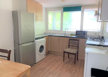 4 bed flat to rent in Levison Way, London N19