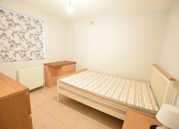 Thumbnail Room to rent in Room 1 Cumberland Road, Reading