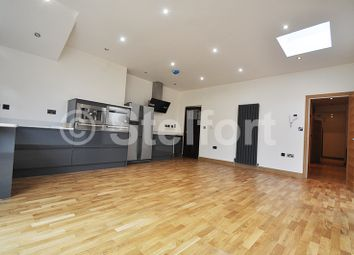 Thumbnail 3 bed flat for sale in Colney Hatch Lane, Barnet, London
