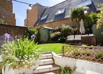 2 bed maisonette for sale in Mattock Lane, London W13