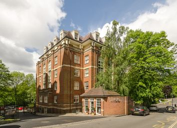 Thumbnail Studio to rent in Frognal Rise, London