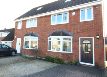 Thumbnail 3 bed town house to rent in Upham Road, Swindon