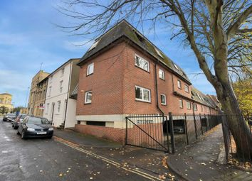 Thumbnail 1 bedroom flat for sale in King Street, Oxford