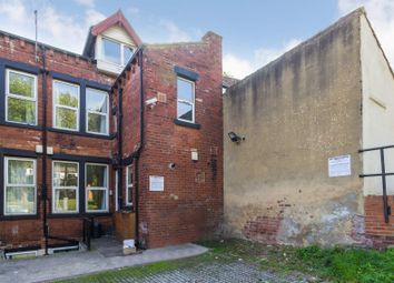 Thumbnail 6 bed flat to rent in Flat 2, 240 Vinery Road, Burley