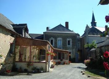 Thumbnail Pub/bar for sale in 49500 Saint-Martin-Du-Bois, France