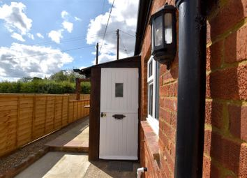 Thumbnail 2 bed property to rent in Coopers Hill Road, South Nutfield, Redhill