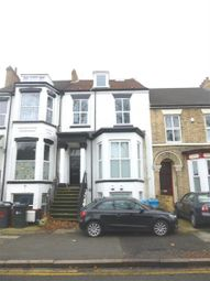 Thumbnail 2 bedroom flat to rent in Anlaby Road, Hull